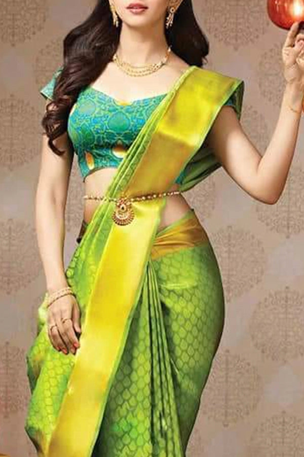 Adoring Green Colored Soft Silk Saree - CD126 - Ethnik Mall