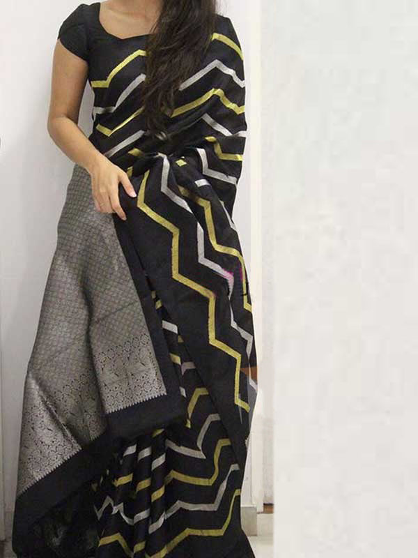 Silk Saree With Blouse Black Colored For Women - CND1865