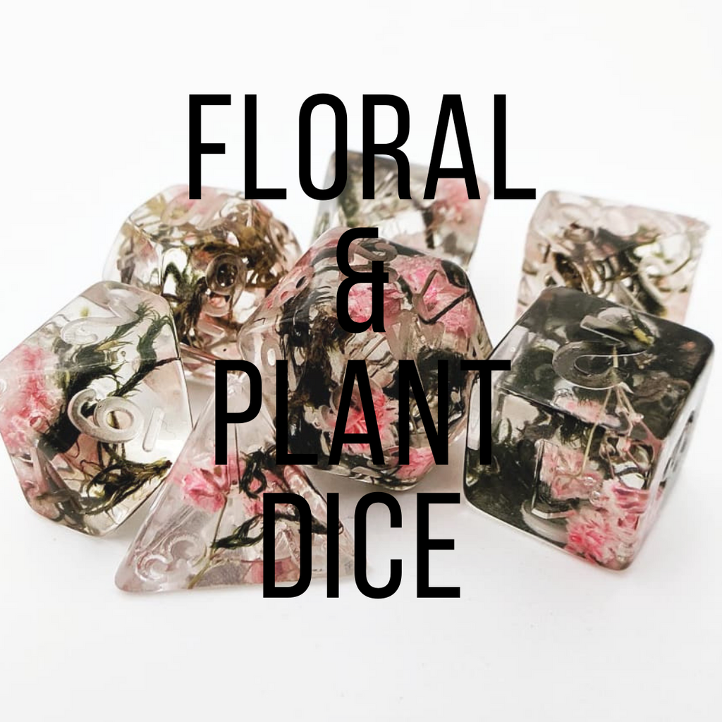 Floral and plant dice sets. Dice sets with flowers, moss, lichen, leaves or petals inside.