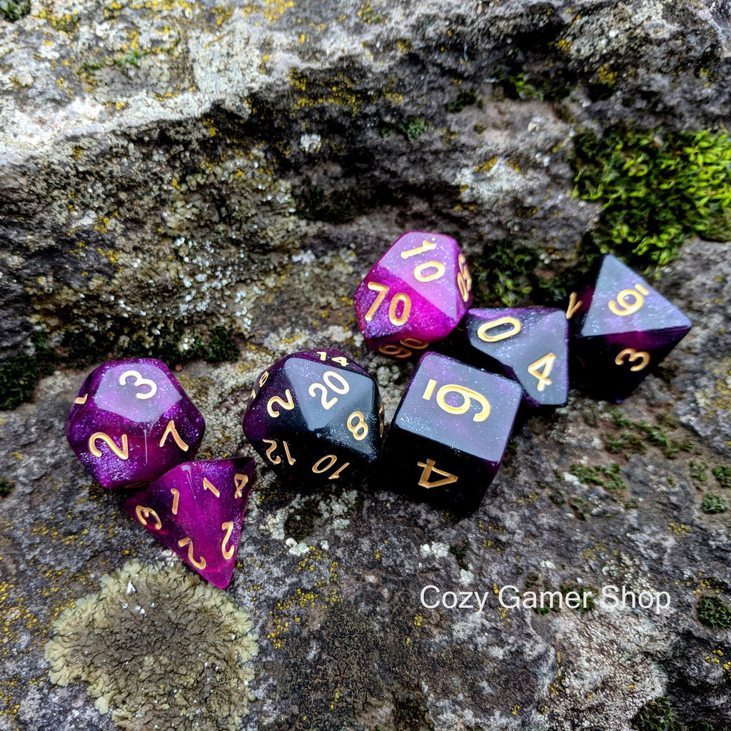 Warlock Dice Set, Black and Purple Glitter Marbled 7 Piece D&D Dice Set - CozyGamer