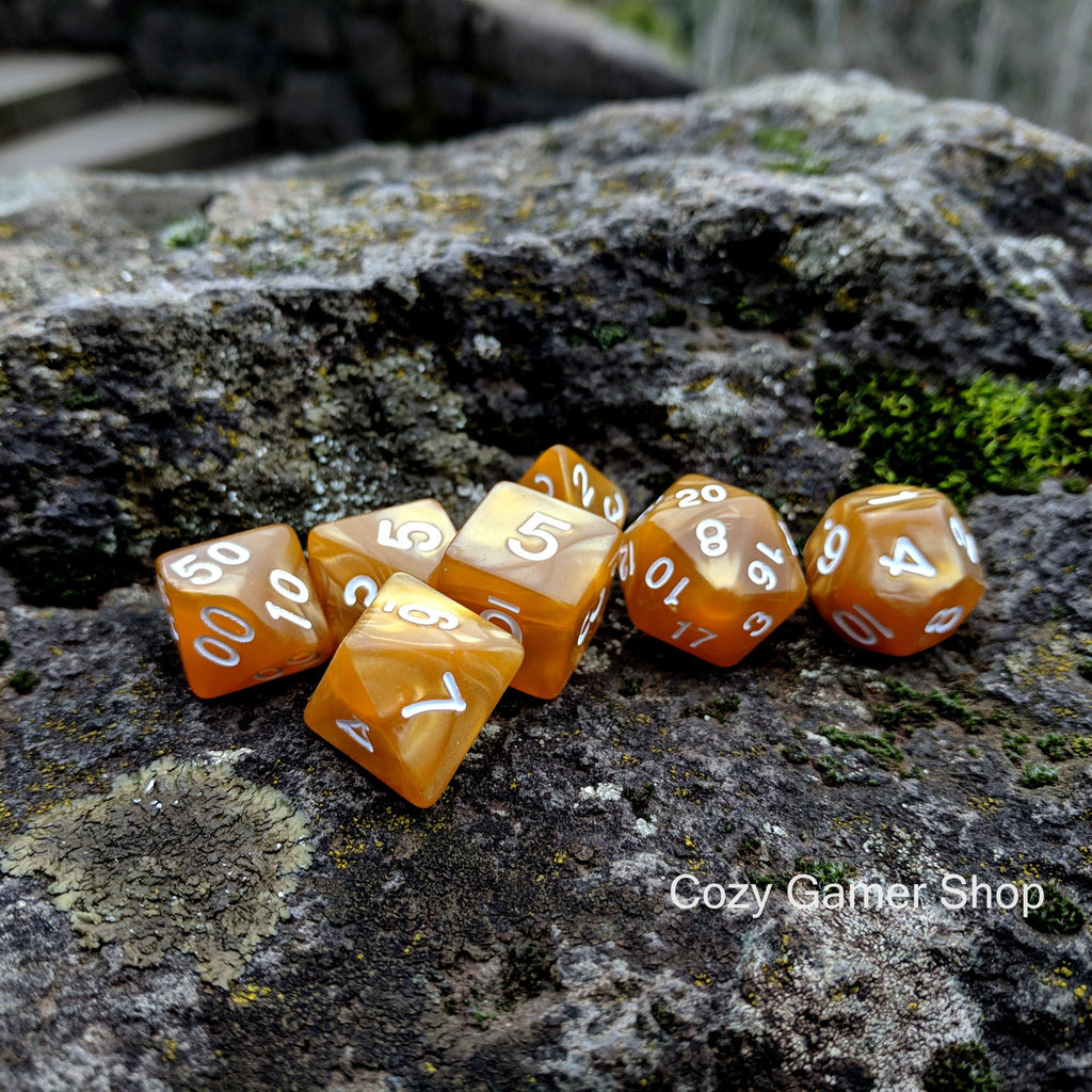 Golden Pearl Dice Set - CozyGamer