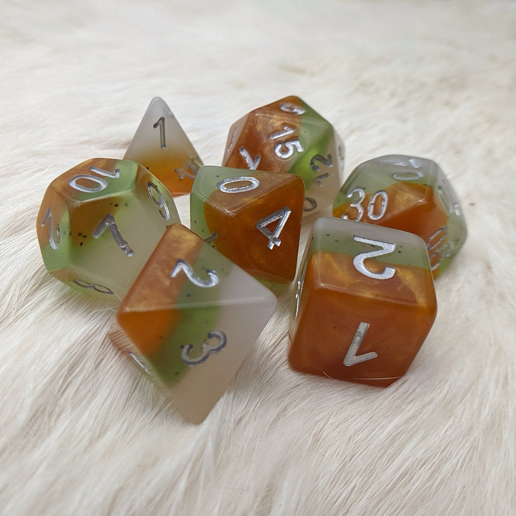 Kiwi DnD Dice Set, Fruit themed dice - CozyGamer