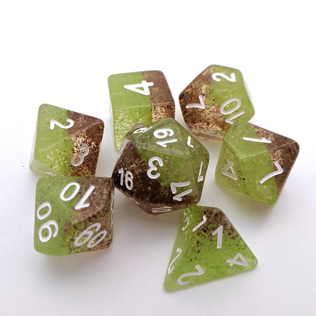Forest Elf DnD Dice Set, Half Brown and Half Green Particle Dice - CozyGamer