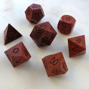 Red Wood Dice set