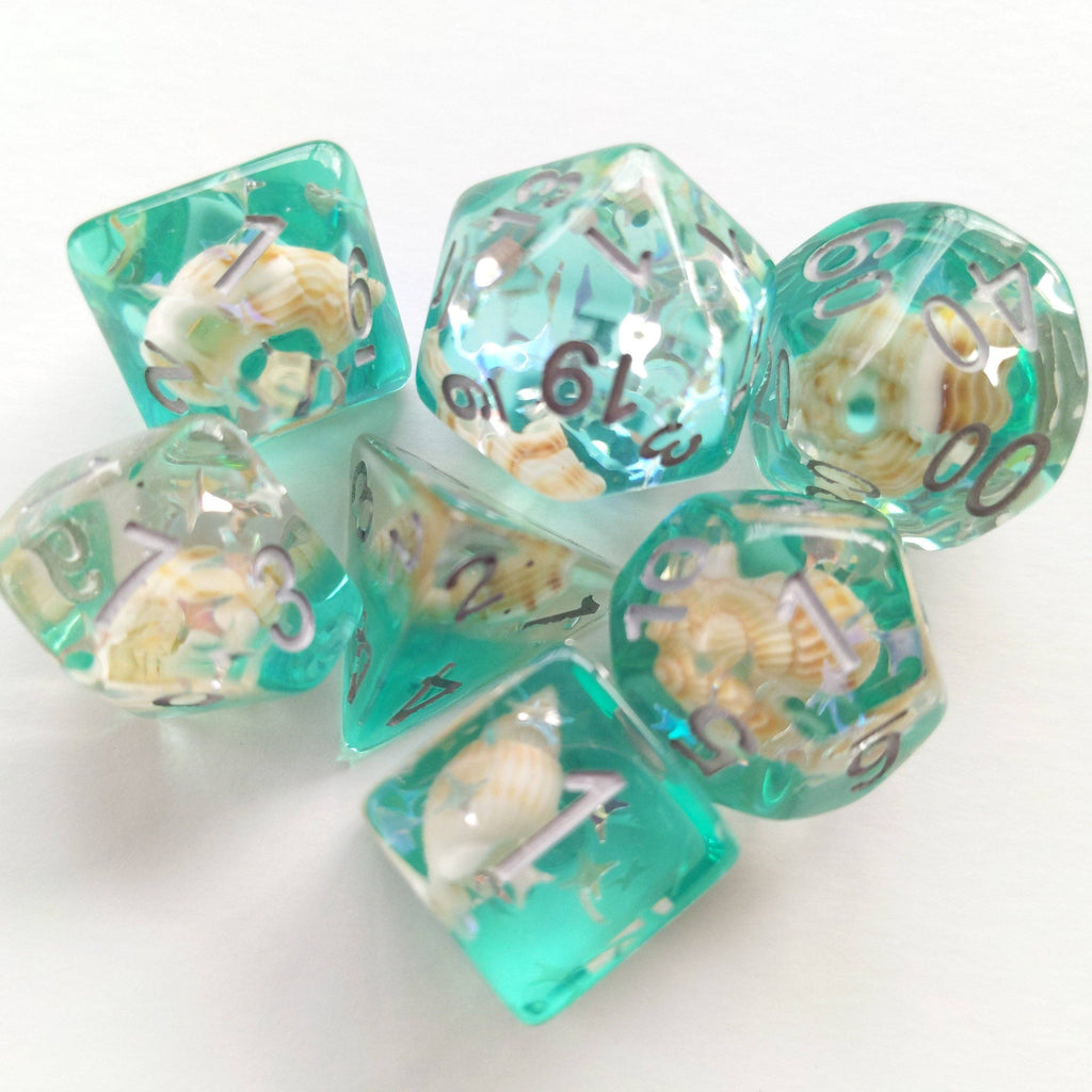 Green Conch Dice Set, Real Seashells from the Ocean - CozyGamer