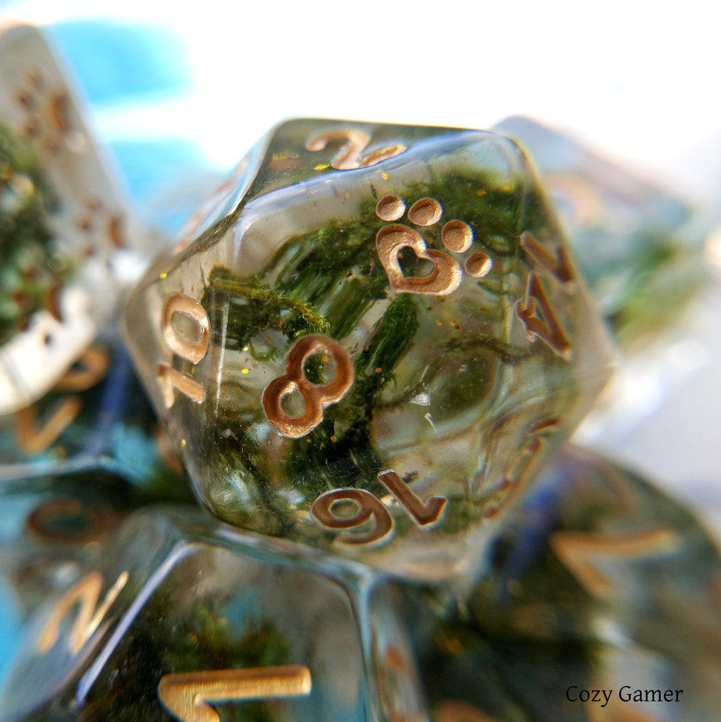 Shimmering Moss Dice Set, 8 Piece Transluscent Resin Dice with Real Moss and Gold Glitter - CozyGamer