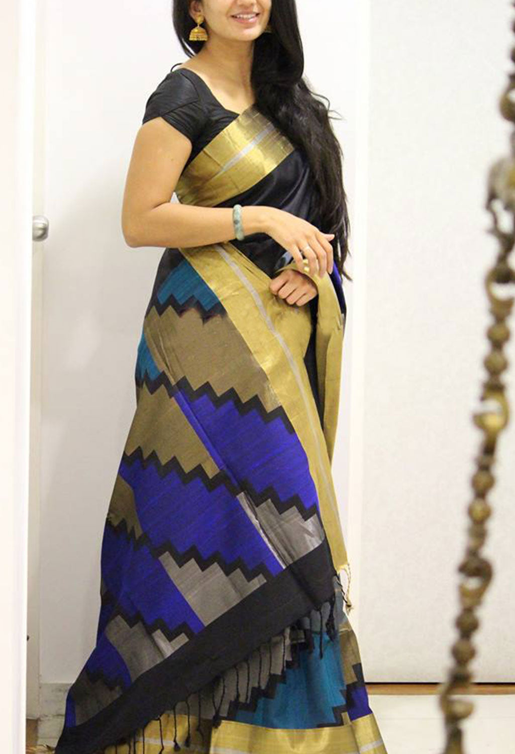 Fashionable Colour Soft Silk Designer Saree MF1163