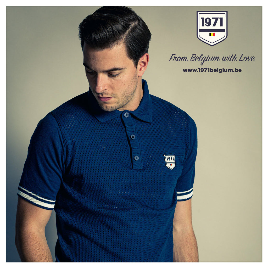 Discover 1971'univers, organic cotton polo PAOLO, blue, regular fit with short sleeves, light knitted authentic look, designed in Belgium, made in Portugal.