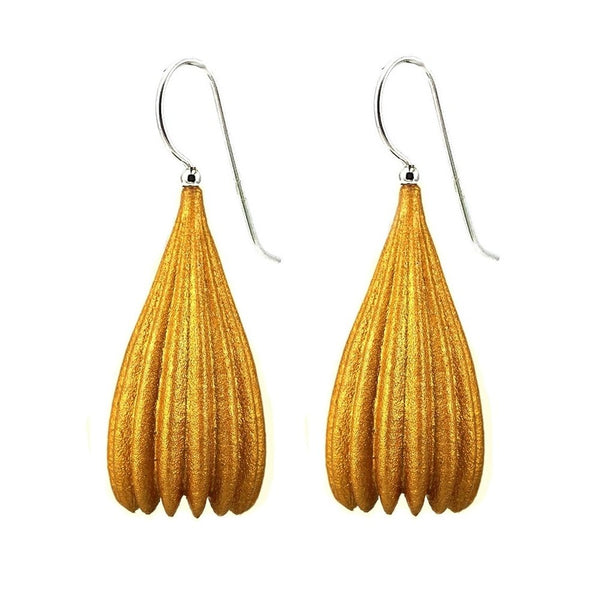 Jenny_Fahey_long_pod_earrings_gold_3.jpg