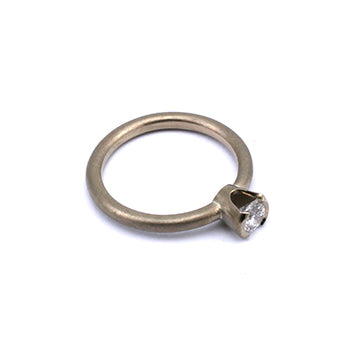 Mel white gold diamond ring  ring 350 v2 edit2.jpg