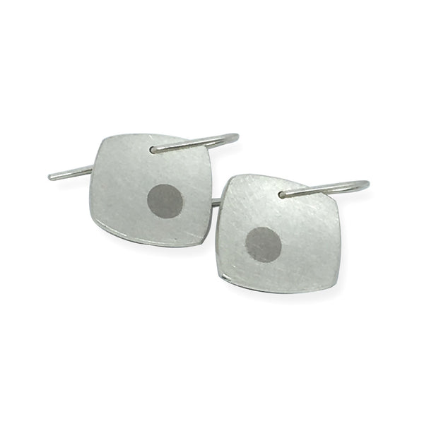 Whitegold dot earrings.jpg