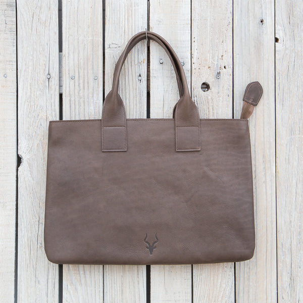 Fairwind Tote in Various Colors
