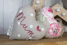 Load image into Gallery viewer, Mum Decorative Lavender Hanging Heart
