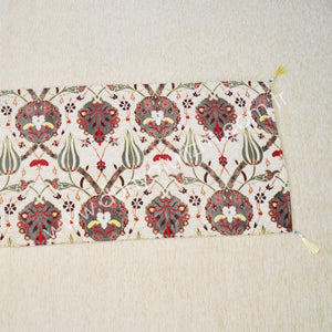 Traditional Tapestry Table Runner 140x50cm 005