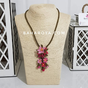 Handmade Needle Lace Multi Flower Pendulum Necklace