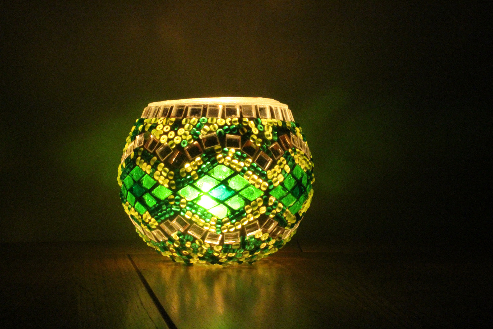 Hand Made Green Rug Mosaic Tea Light Holder
