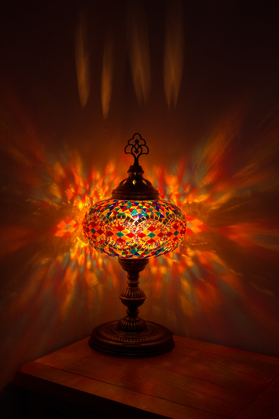 Hand Made Turkish Mosaic Table Lamp Size 5 in Flame Rug Design