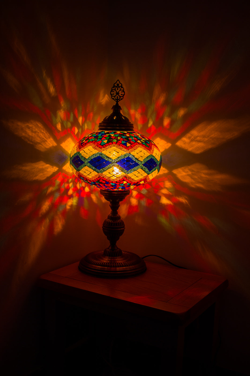 Hand Made Extra Large Mosaic Table Lamp Size 6 in Flame Rug Design