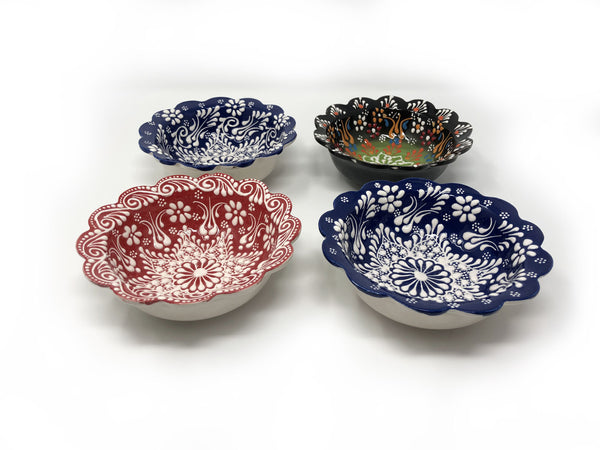 Turkish Handmade Ceramic Set of 4 Boxed 10cm Daisy Bowls 005
