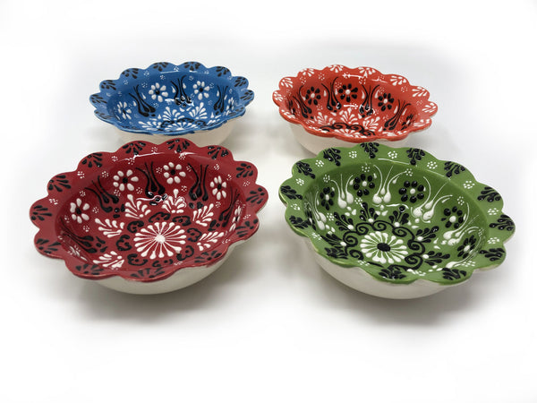 Turkish Handmade Ceramic Set of 4 Boxed 10cm Daisy Bowls 006
