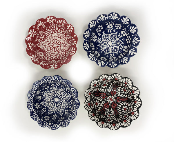Turkish Handmade Ceramic Set of 4 Boxed 10cm Daisy Bowls 010