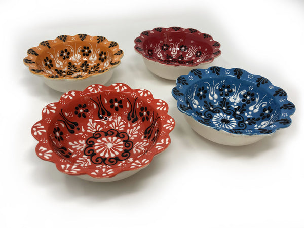 Turkish Handmade Ceramic Set of 4 Boxed 10cm Daisy Bowls 008