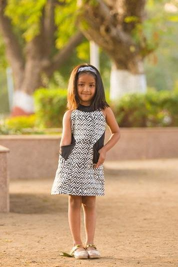 Urban Dhaage brings to you summer dress for girls, spring dress, cotton dress, casual dress, trendy rompers and jumpsuits