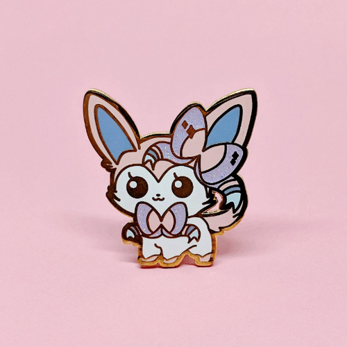 ENAMEL PIN | PKMN | Sylveon