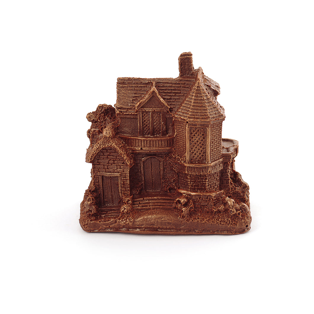 Lodge Building Chocolate Figure