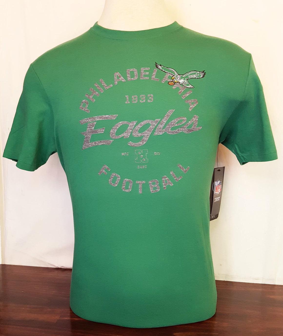 Philadelphia Eagles Kelly Green Crosstown Flanker Men's T-shirt