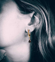 Gold Plated Spike Hoops With Garnet Teardrop - Laura Cantu Jewelry - Mx