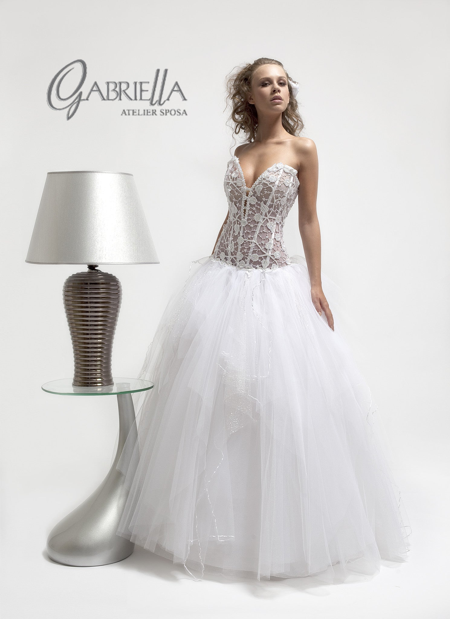 Haute Couture Atelier GABRIELLA Custom Made Italian Wedding Dress Petali / A 1016