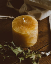 Marbled Beeswax Candle | Handmade