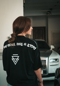 """Every Rebel Has A Story"" Signature Oversized T-shirt (WMNS / Unisex)"
