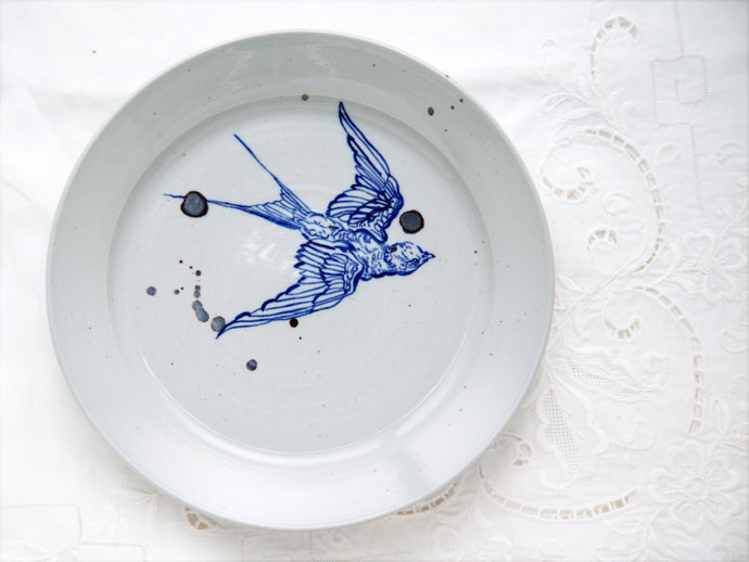 Bird dinner plate (right)