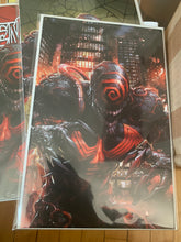 Load image into Gallery viewer, Venom Annual #1 Crain Set