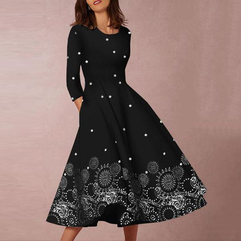 Majorgous Round Neck Three Quarter Sleeve Printed Skater Dress
