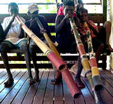 yolgnu boys playing yidaki