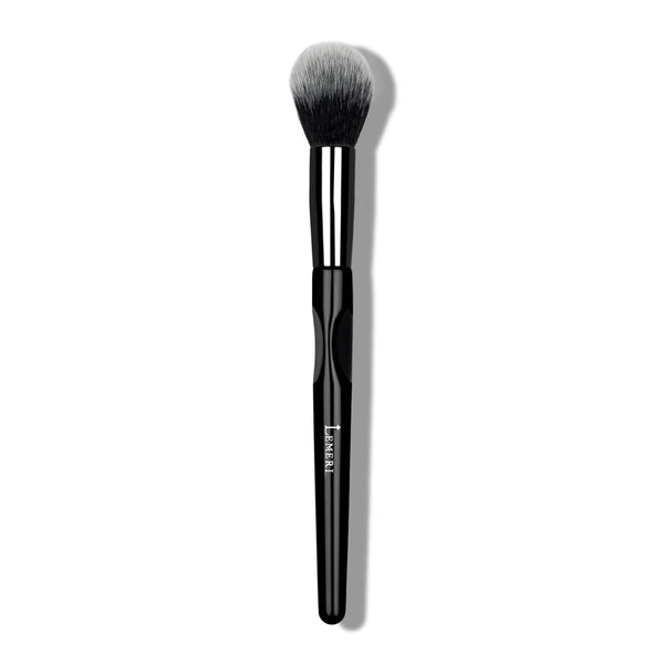 Highlight Brush M25 - Lemeri Beauty