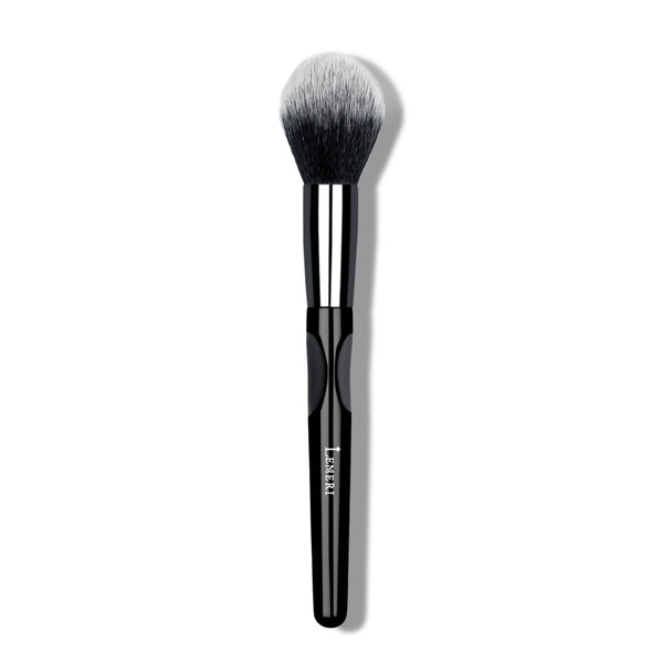 Tapered Bronzer Brush M07 - Lemeri Beauty