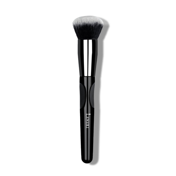 Rounded Kabuki Brush M10 - Lemeri Beauty