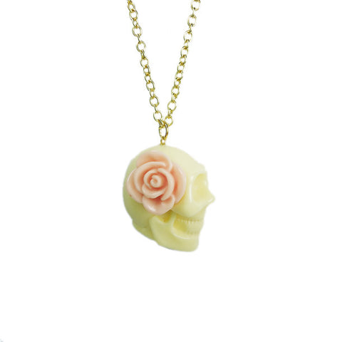 Creamy Skull with Flower Necklace