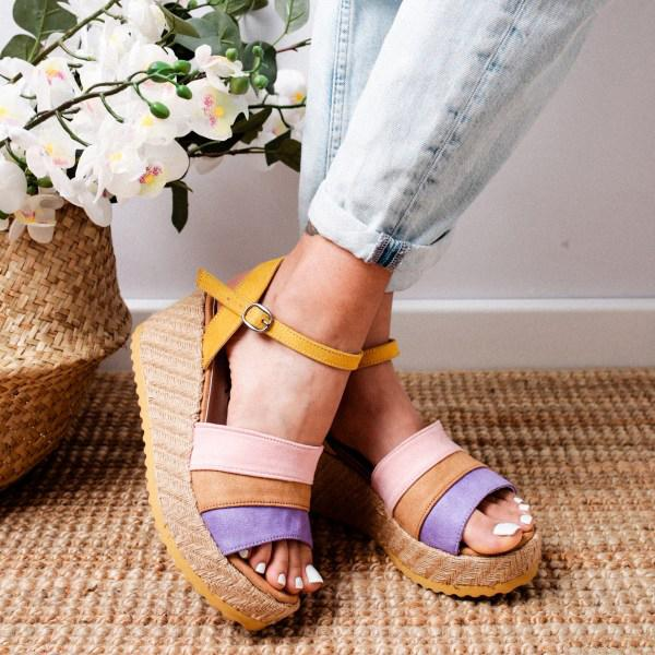 Women Sand Powder Lemon Suede Padded Heeled Mesh Bottomed Sandals