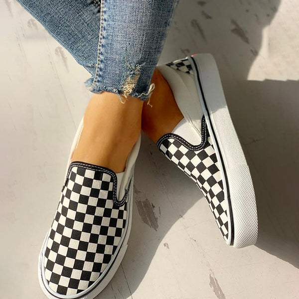 Women Checkered Flat Casual Canvas Sneakers