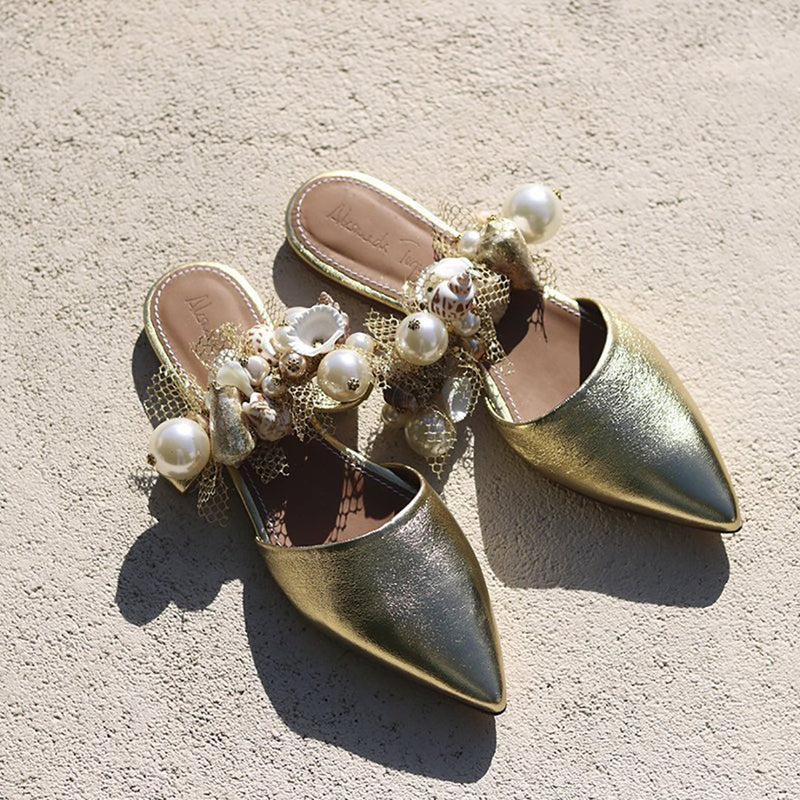 Women Leisure Holiday Point-Headed Sandals