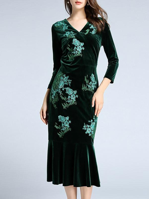 Women Embroidered Fishtail Gold Velvet  Dresses