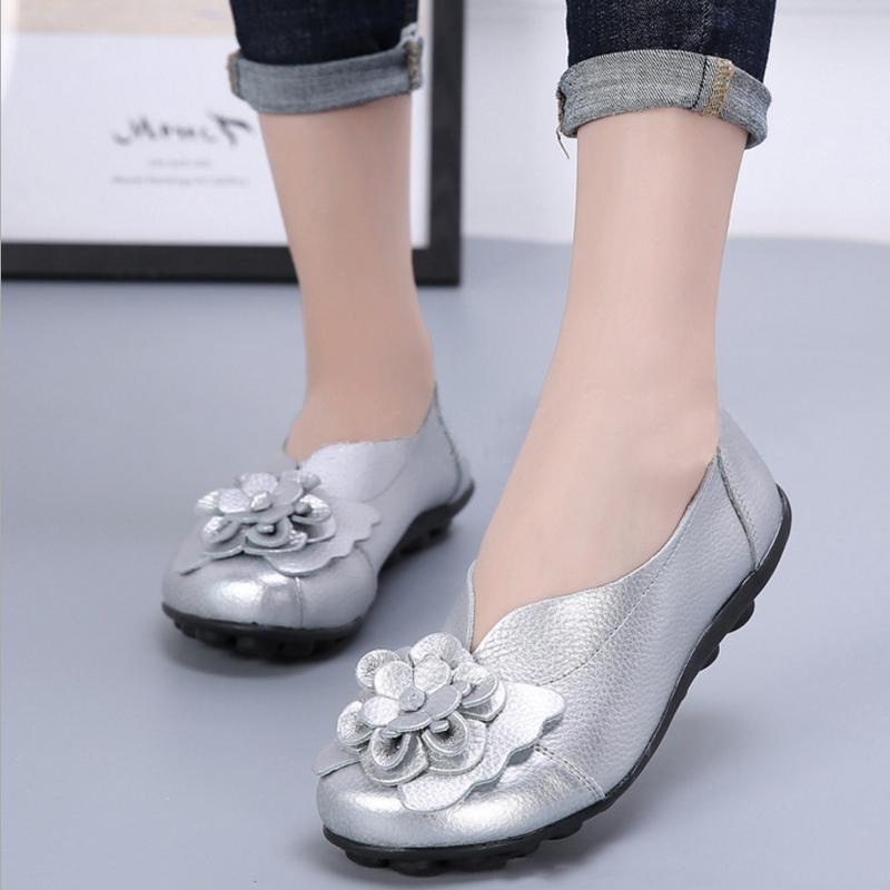 Women Flower Soft Leather Slip On Flats Shoes