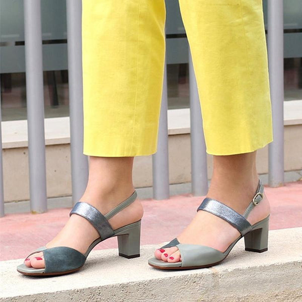 Women Soft Leather Buckle Fashion Sandals Elegant Shoes
