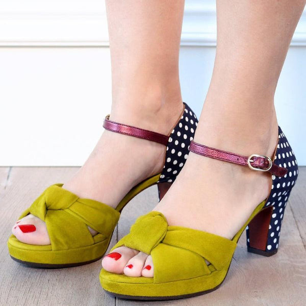 Women Elegant Platform Sandals Buckle Elegant Pumps