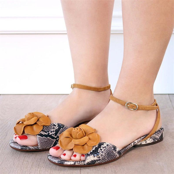 Women Flat Heel Sandals Elegant Buckle Shoes